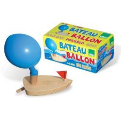 Boot mit Luftballon